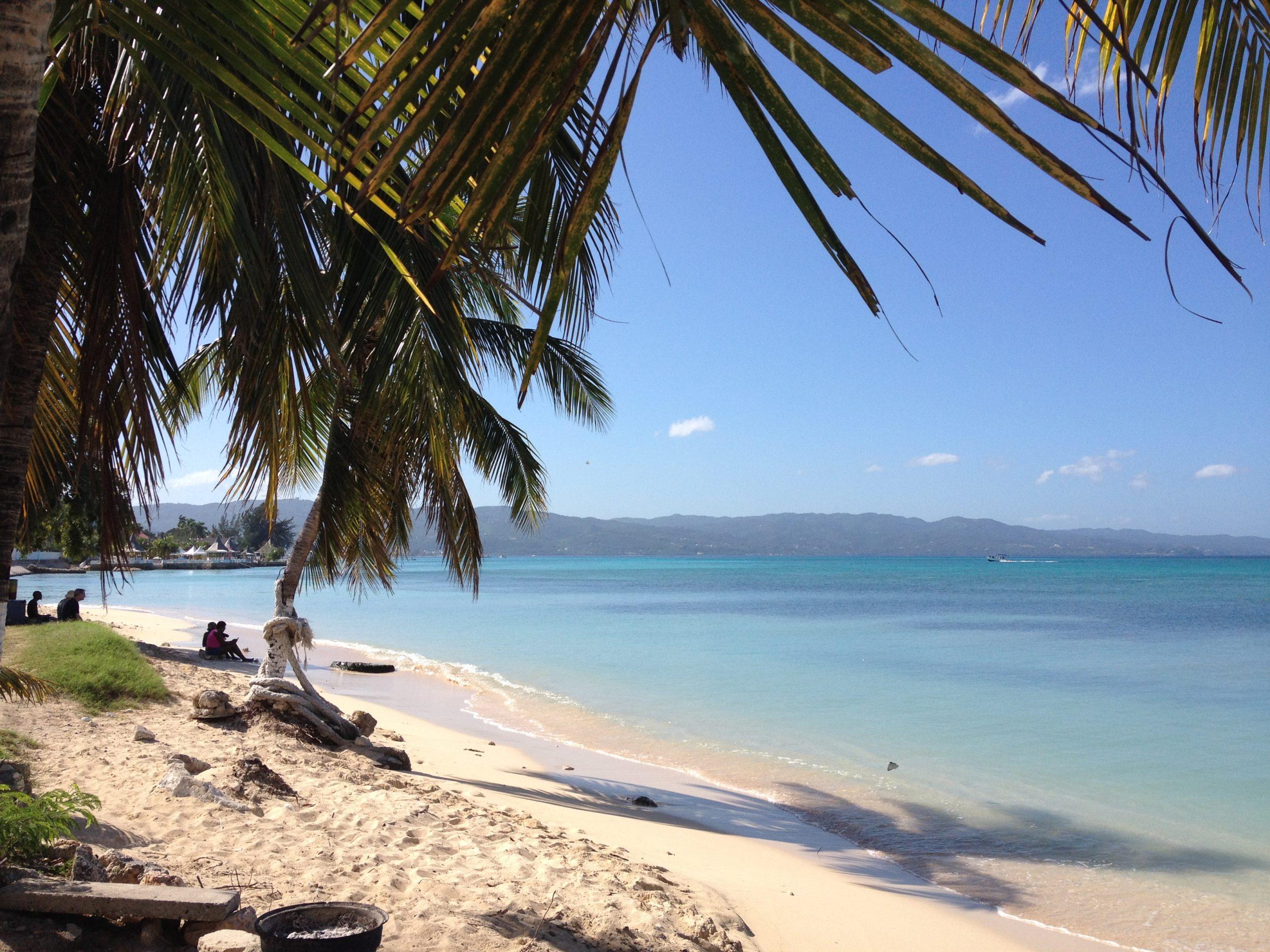 Tours to white sand beach Rappa Rasta Tours Jamaica