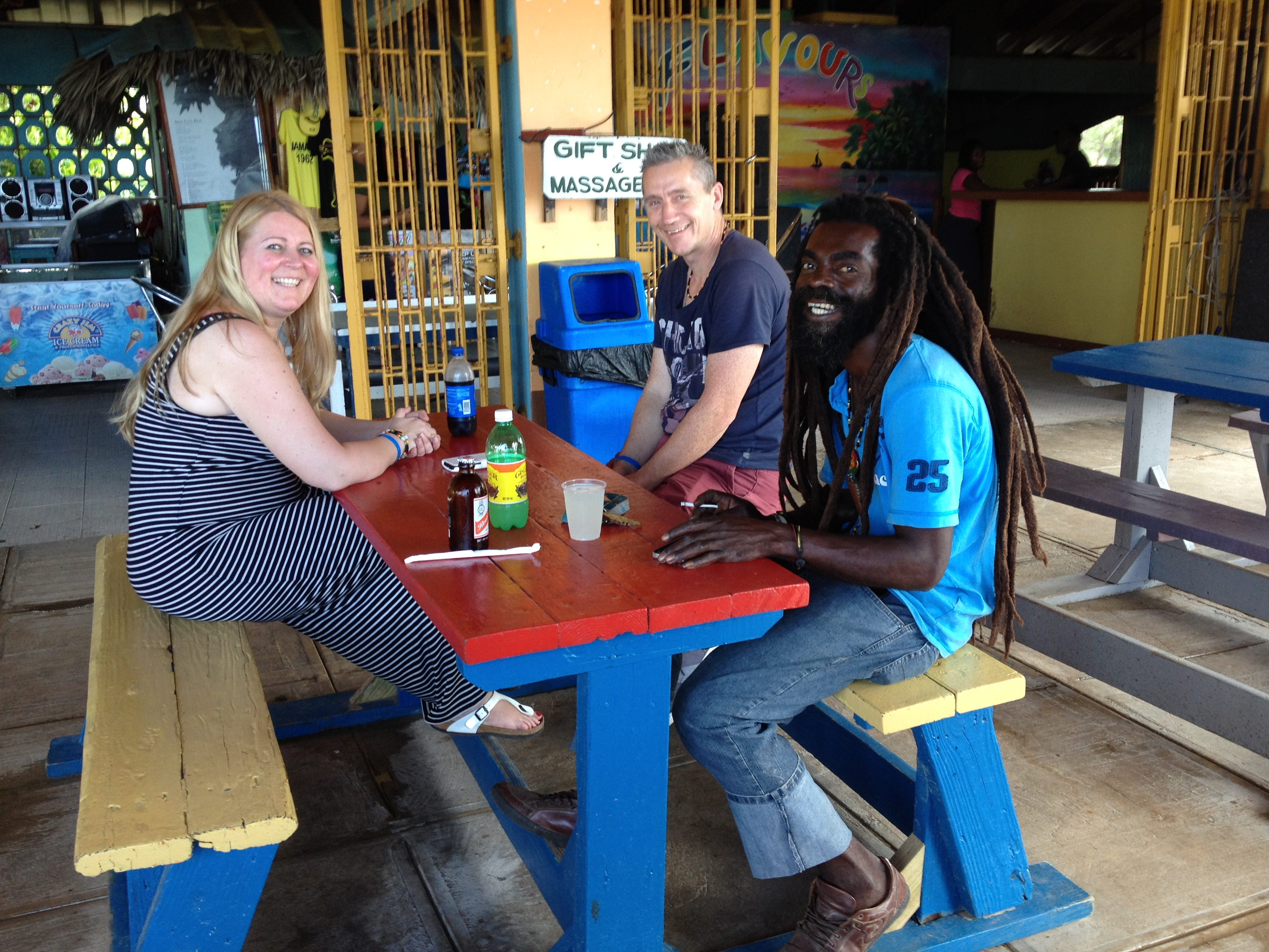 Local restaurant Jamaica @Sandra Smits